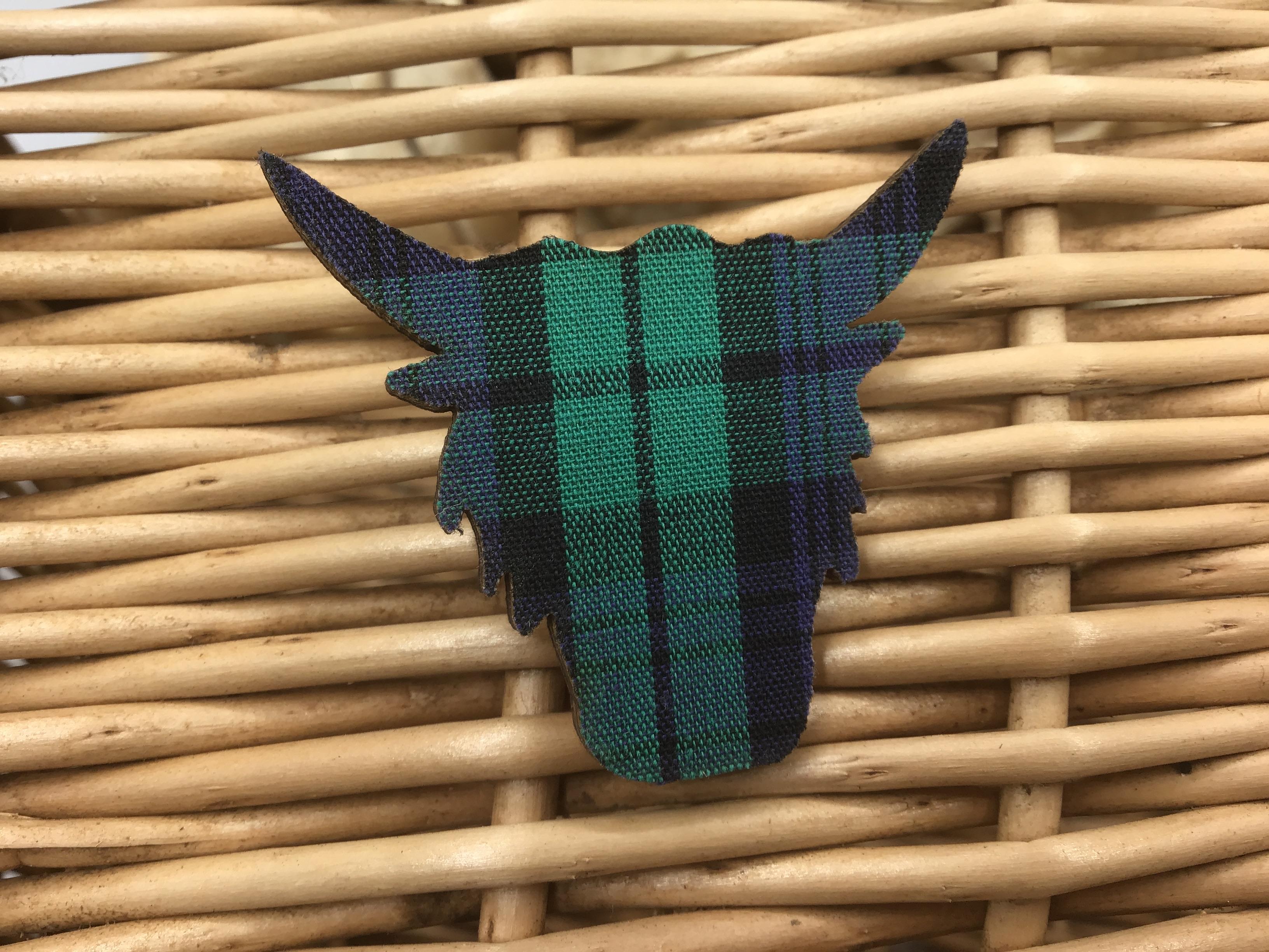 Brooch Highland Cow - Black Watch