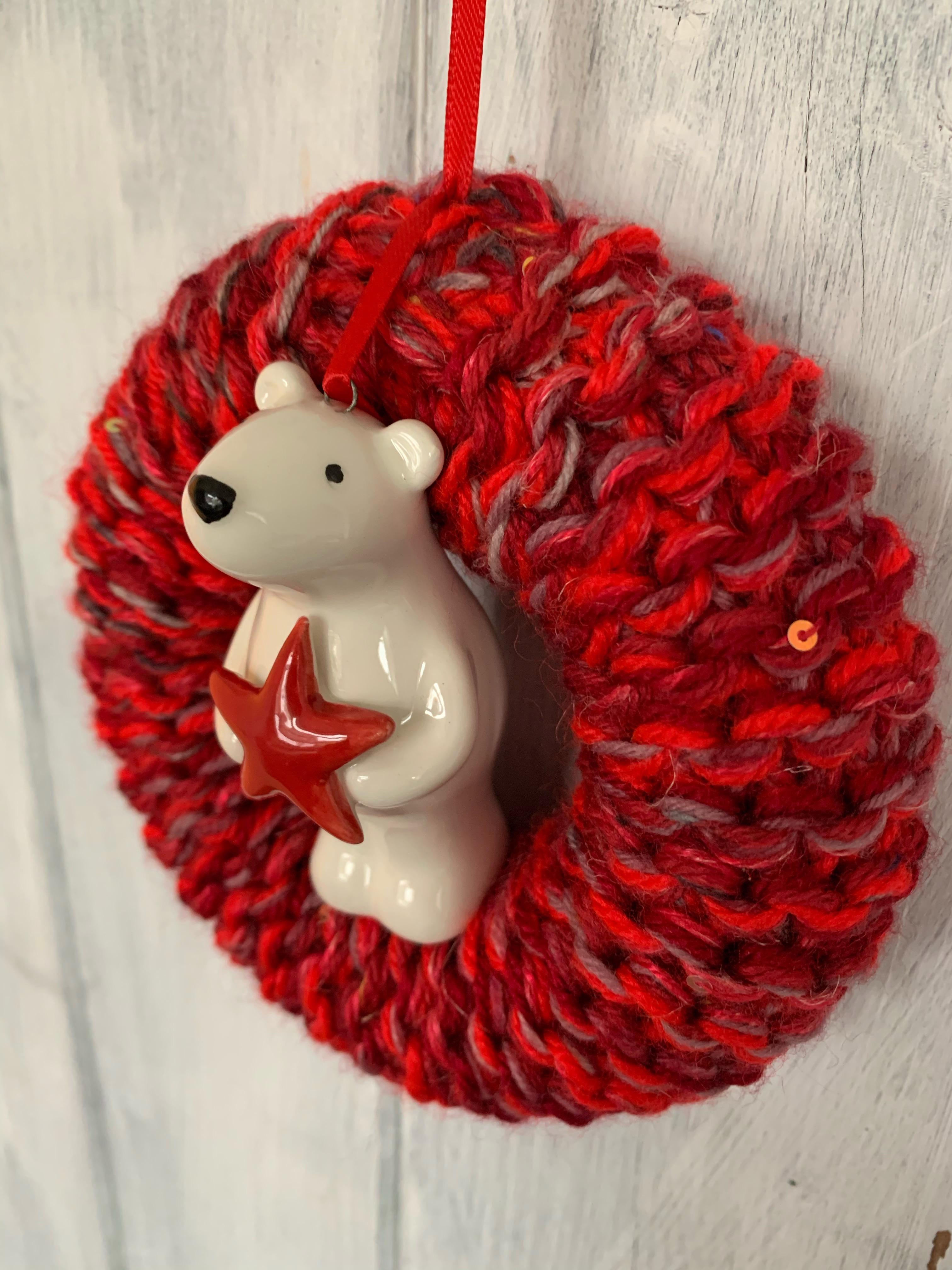 Small Polar Bear Christmas Wreath