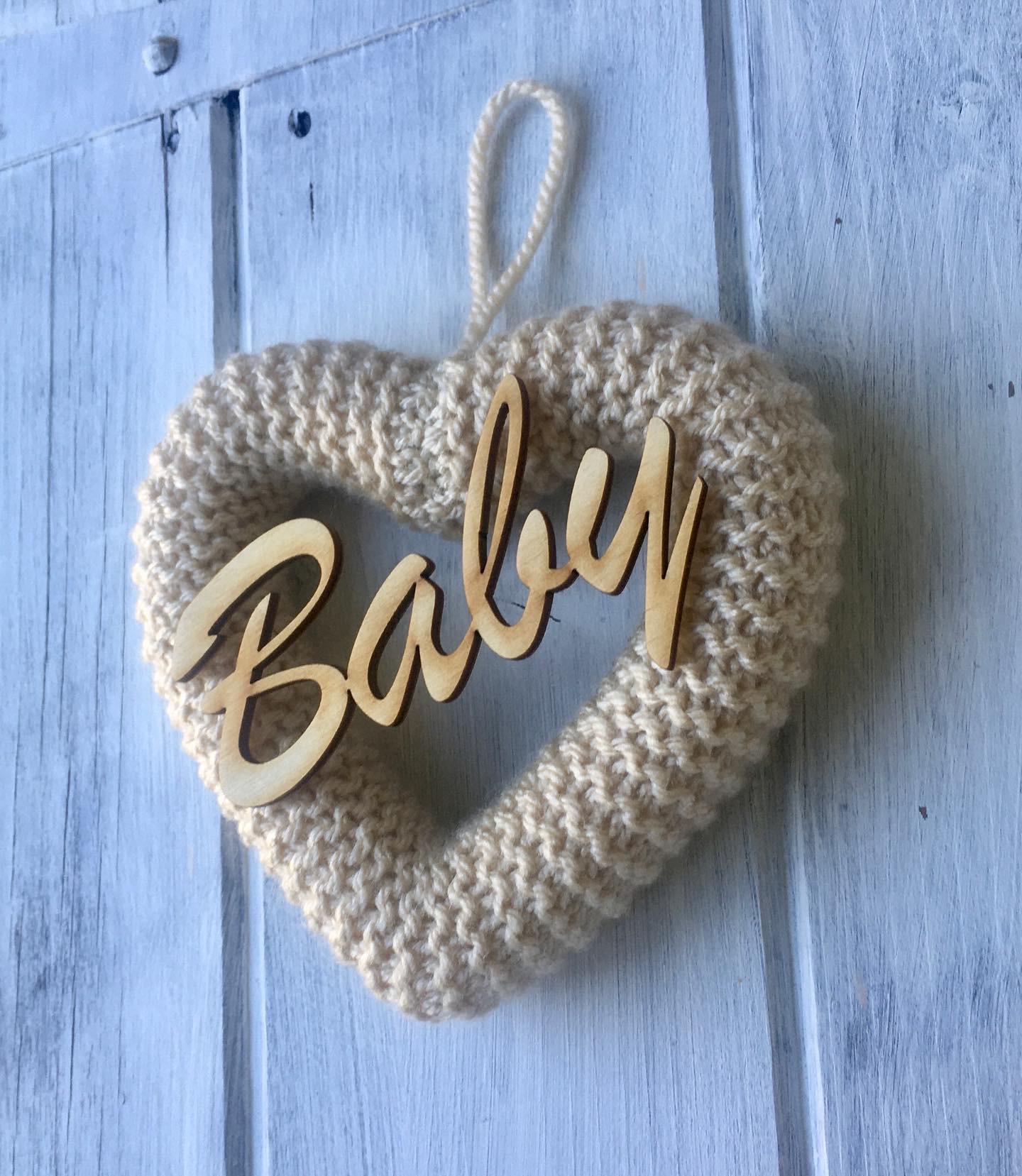 Knitted Heart Vanilla Cream
