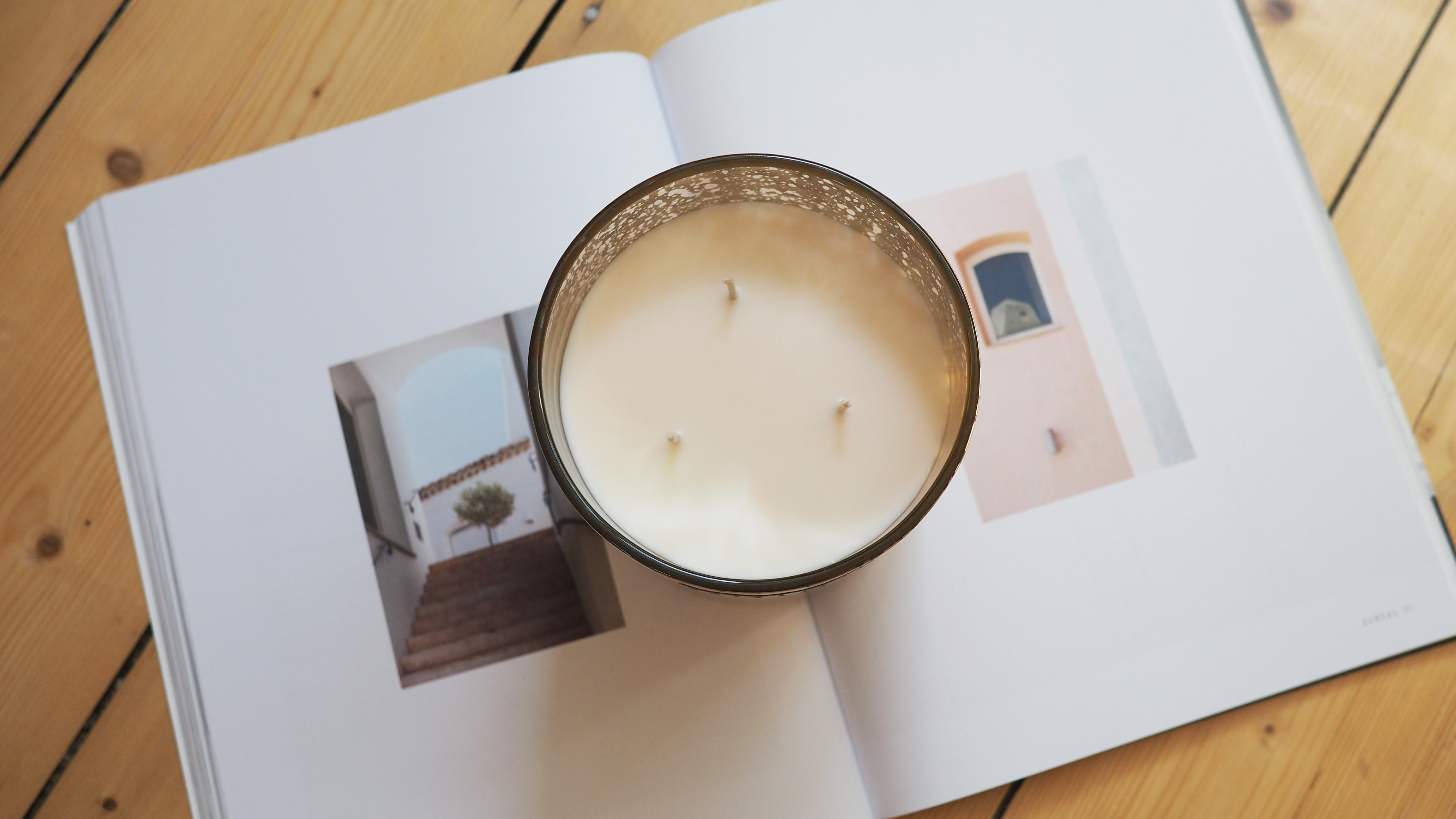 Barcelona Gold Coffee Table Candle