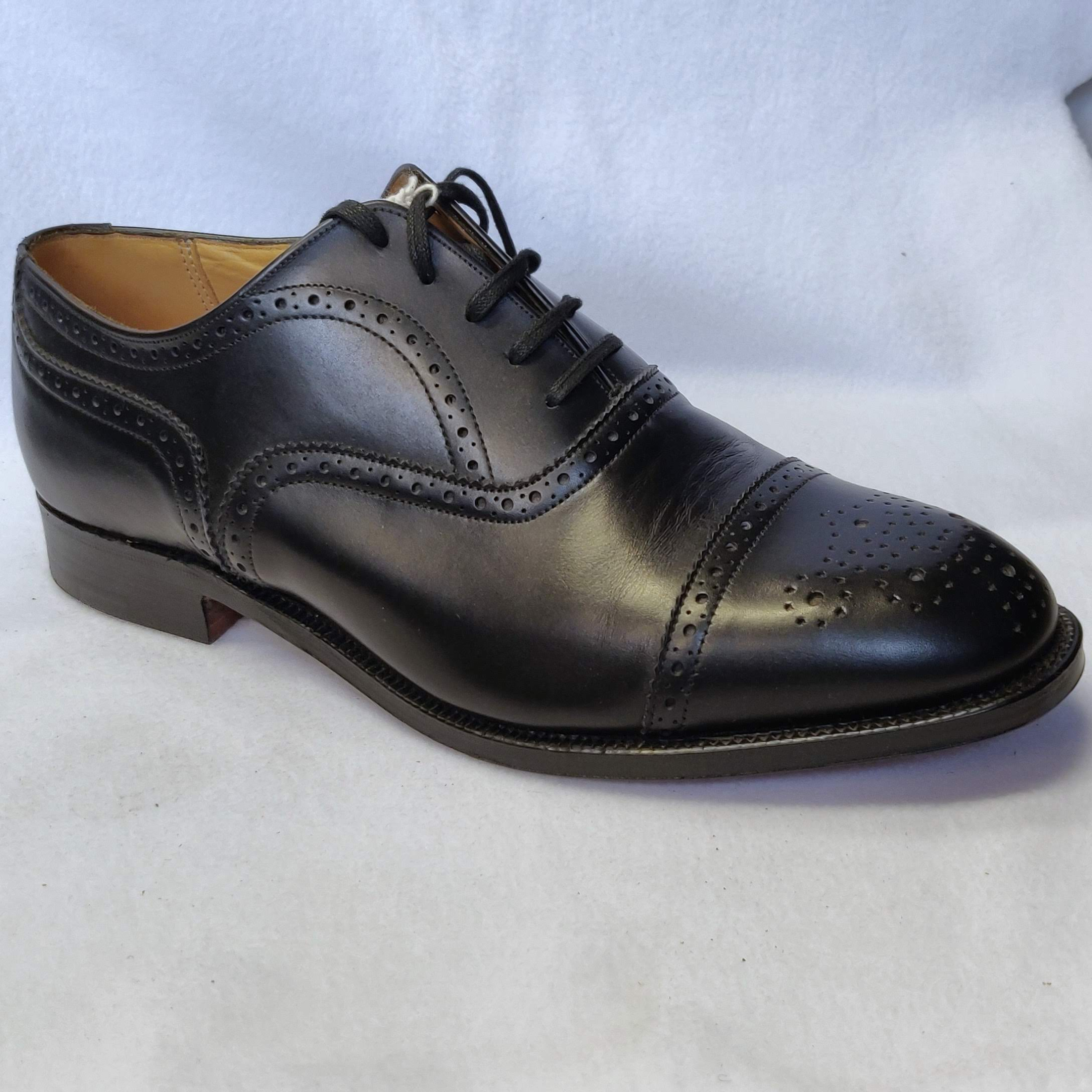 Gents Alfred Greenwich Black Broges Size 7