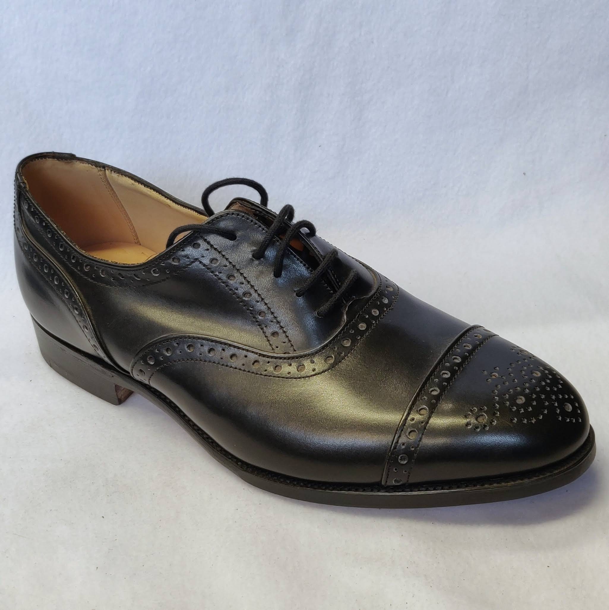 Gents Trickers Cambridge Black Half Brogues