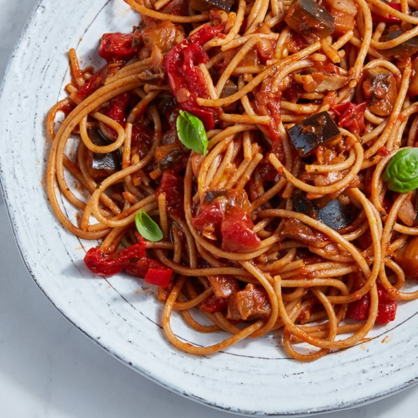 Gourmade EAT.PLNT Spaghetti with Aubergine Ragu