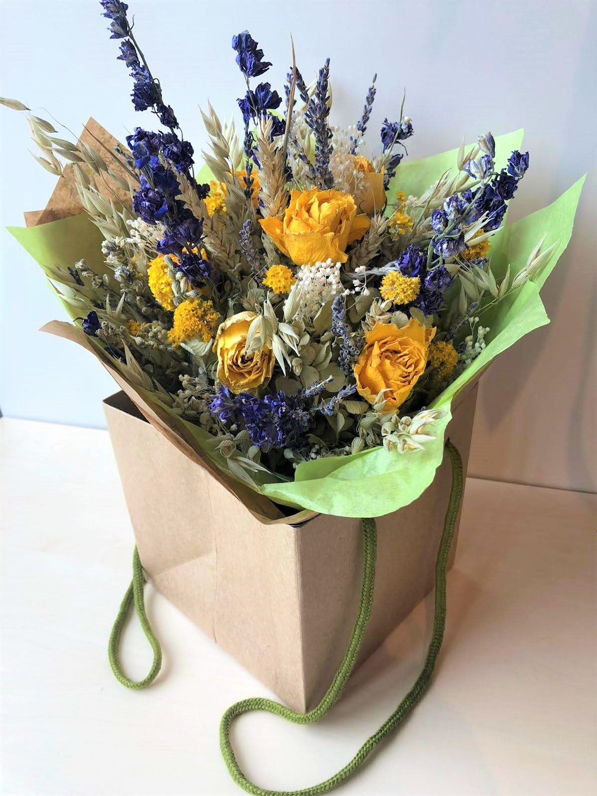 The Dried Flower Shop Yellow Rose Gift Bag