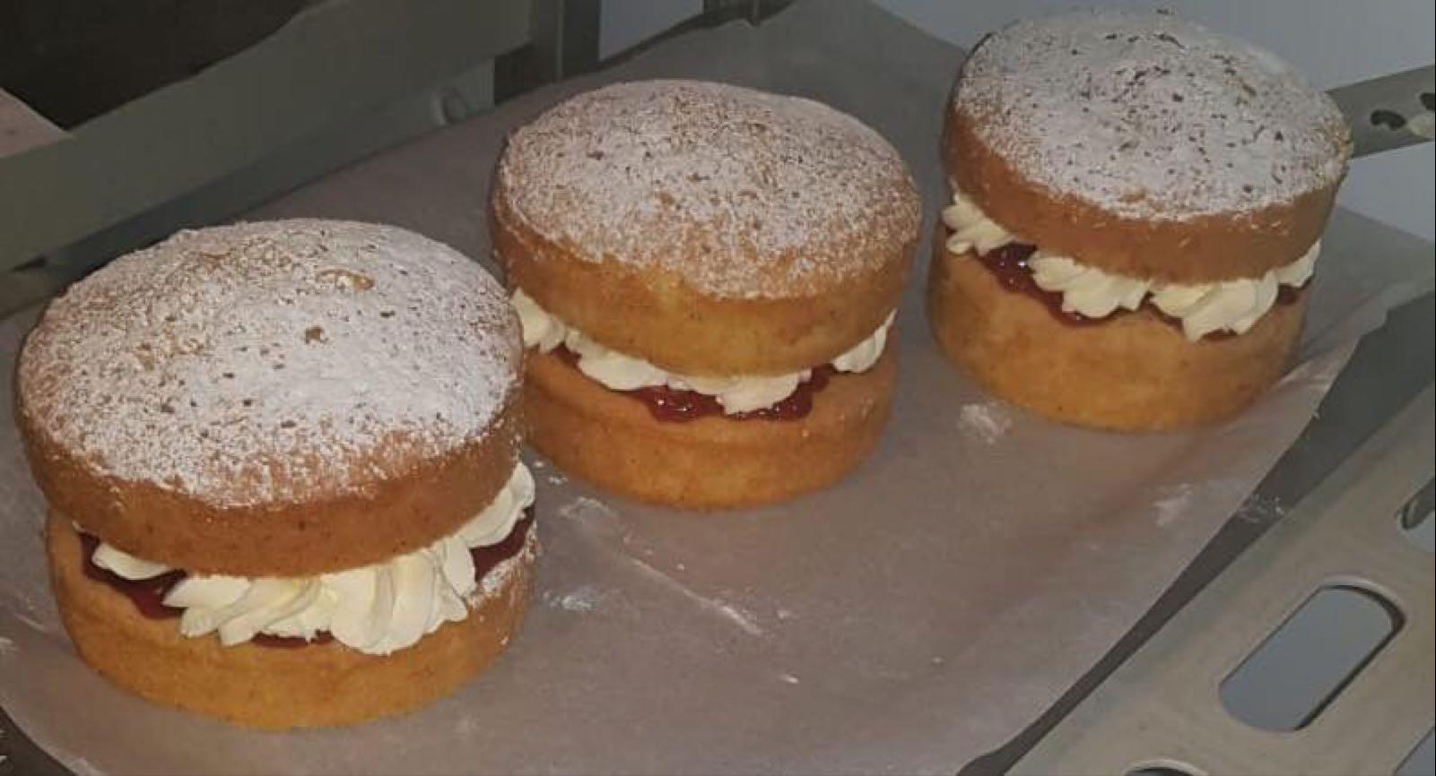 Classic Sponge Cakes