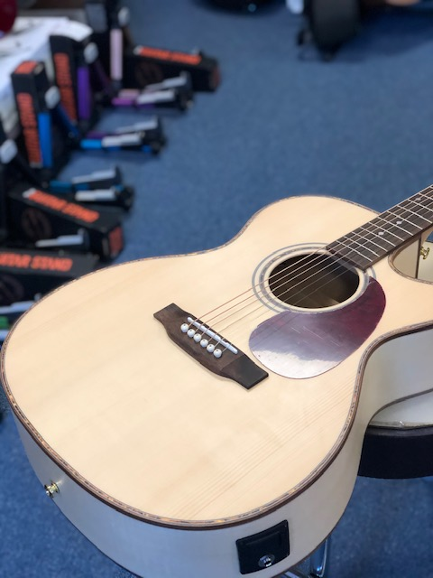 Freshman 20th Anniversary Limited Edition Maple Electro Acoustic FALTDMAPOC