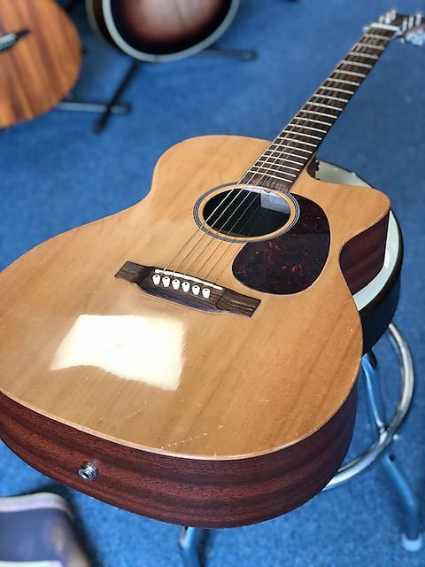 Martin X Series Custom 2009 USA Electro Acoustic w/ Hard Case (Second Hand)