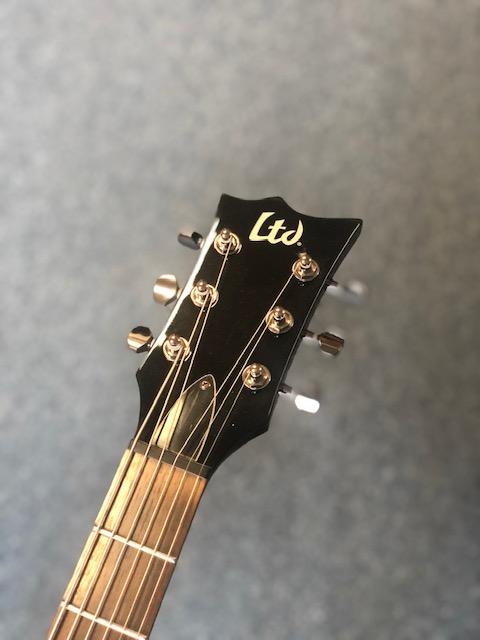 LTD Viper 200B Baritone Black