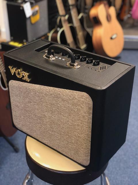 Vox AV-15 Analogue Valve Amp