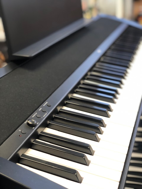 Korg B2 digital piano with MFB sound system in black