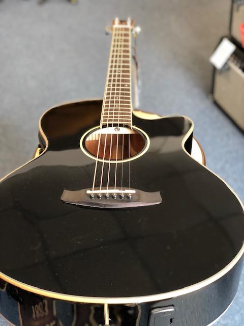 Tanglewood Winterleaf Super Folk guitar in black gloss TW4-BK