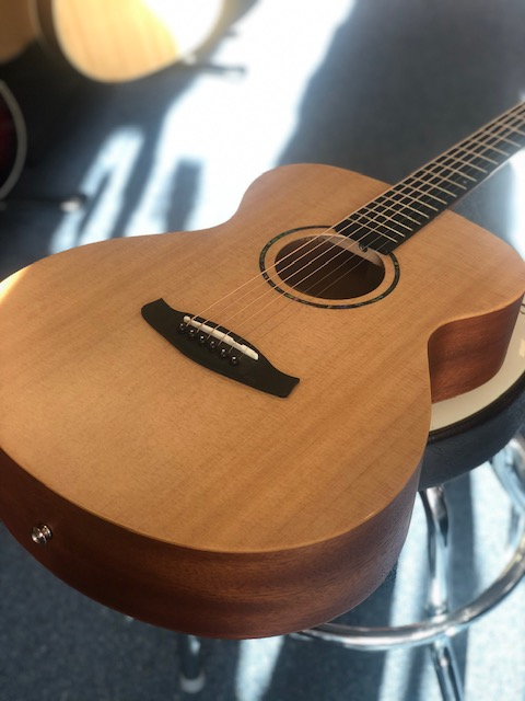 Tanglewood Roadster TWR2-O Folk Size Guitar