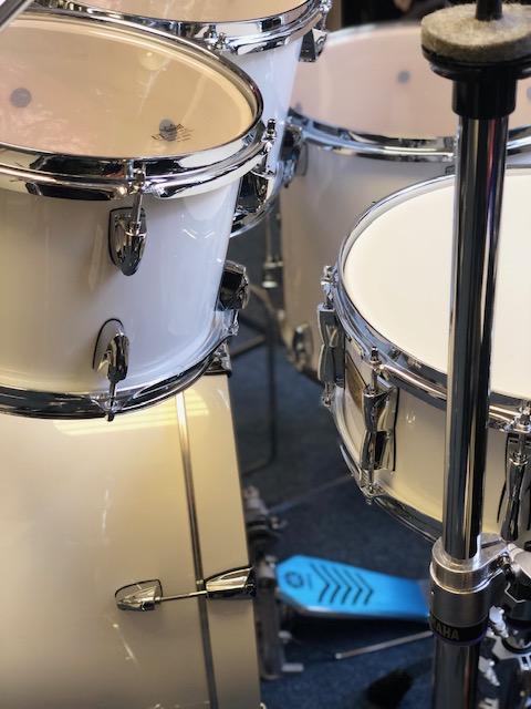 "Yamaha Stage Custom 20"" Pure White w/ 780 Hardware"
