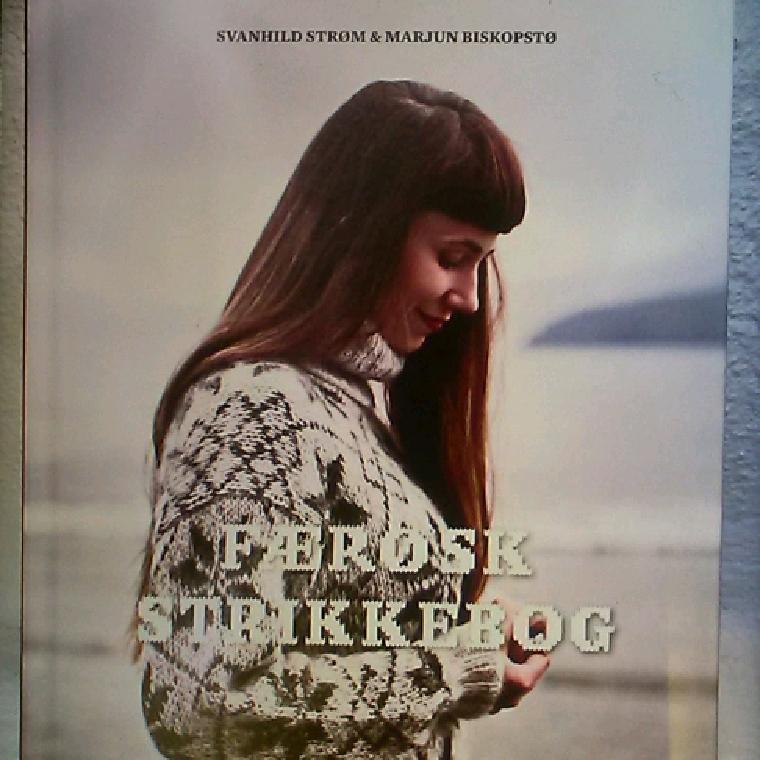 Færøsk strikkebog af Svanhild Strøm & Marjun Biskoptø - 9788792949639