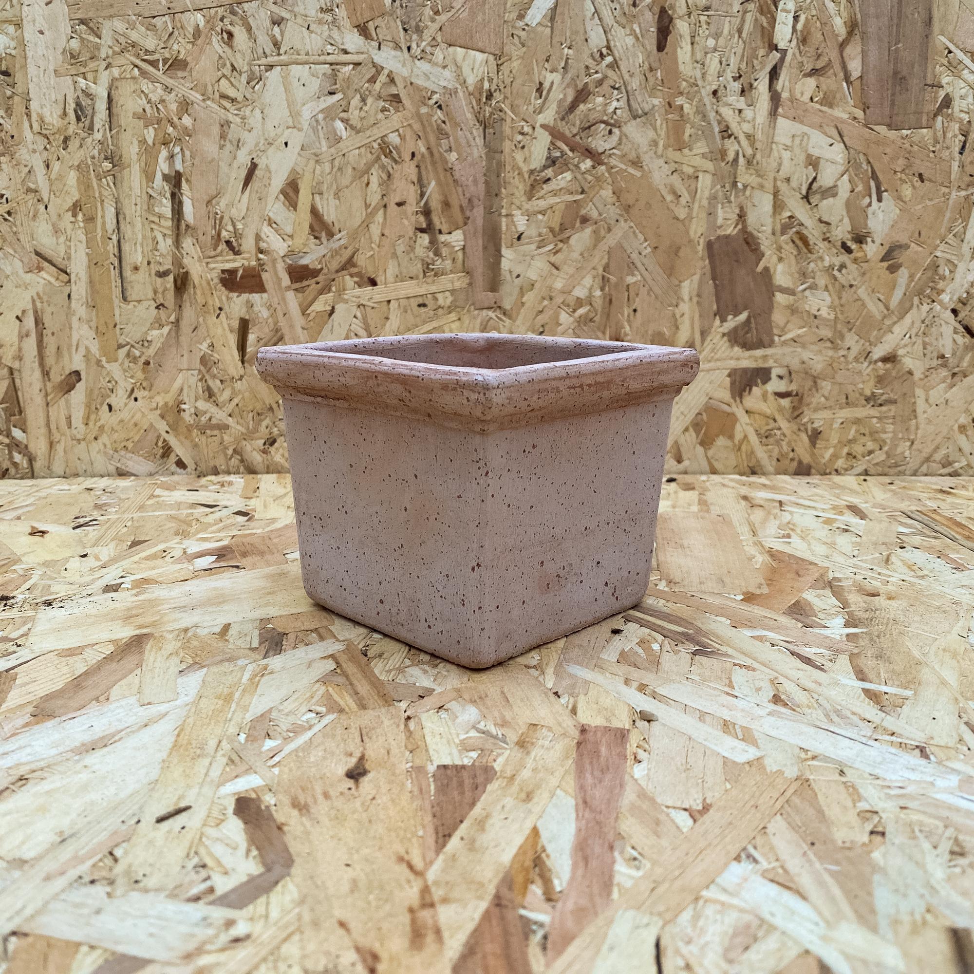 Tetrad Cache Pot