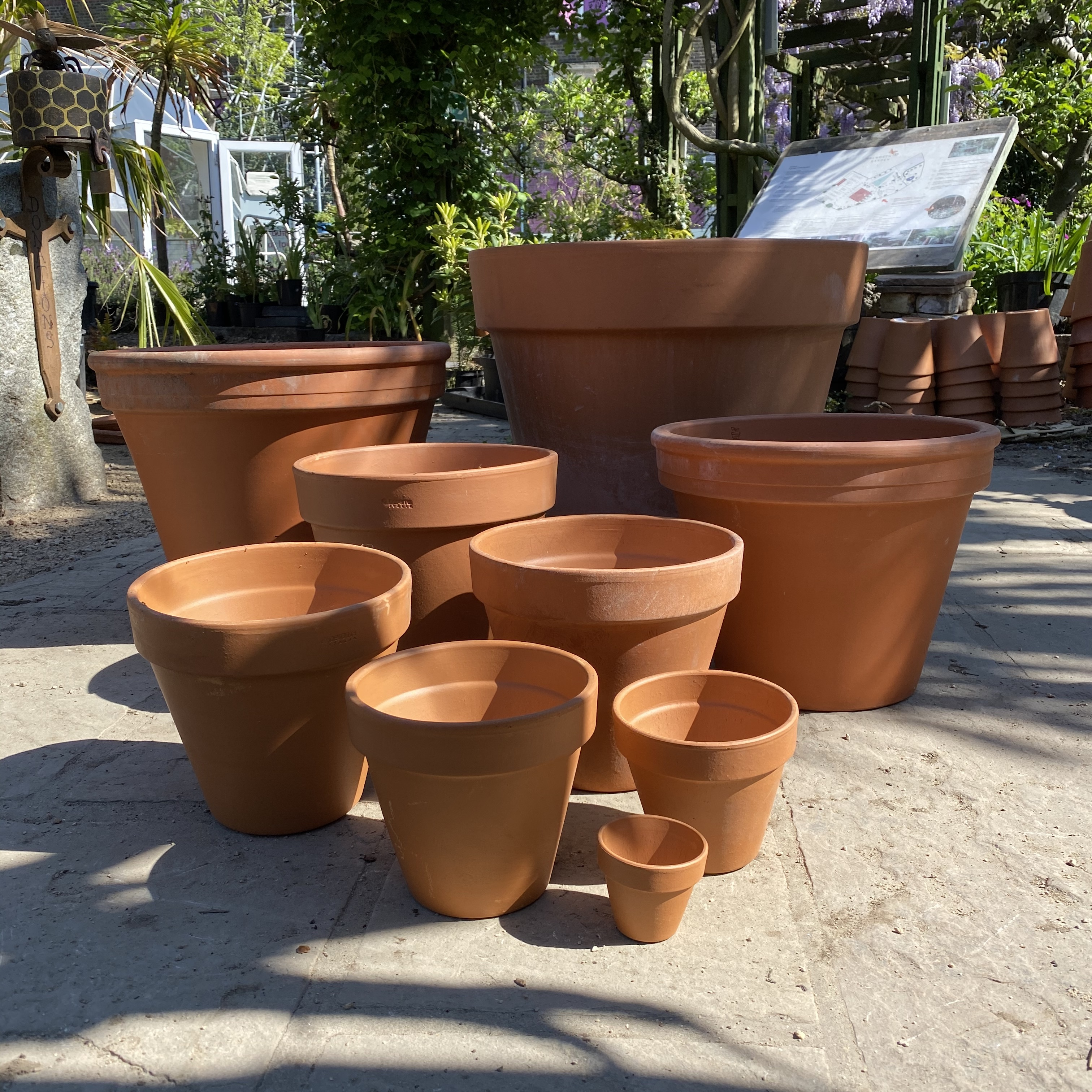 Traditional Terracotta Pots - 5 Sizes
