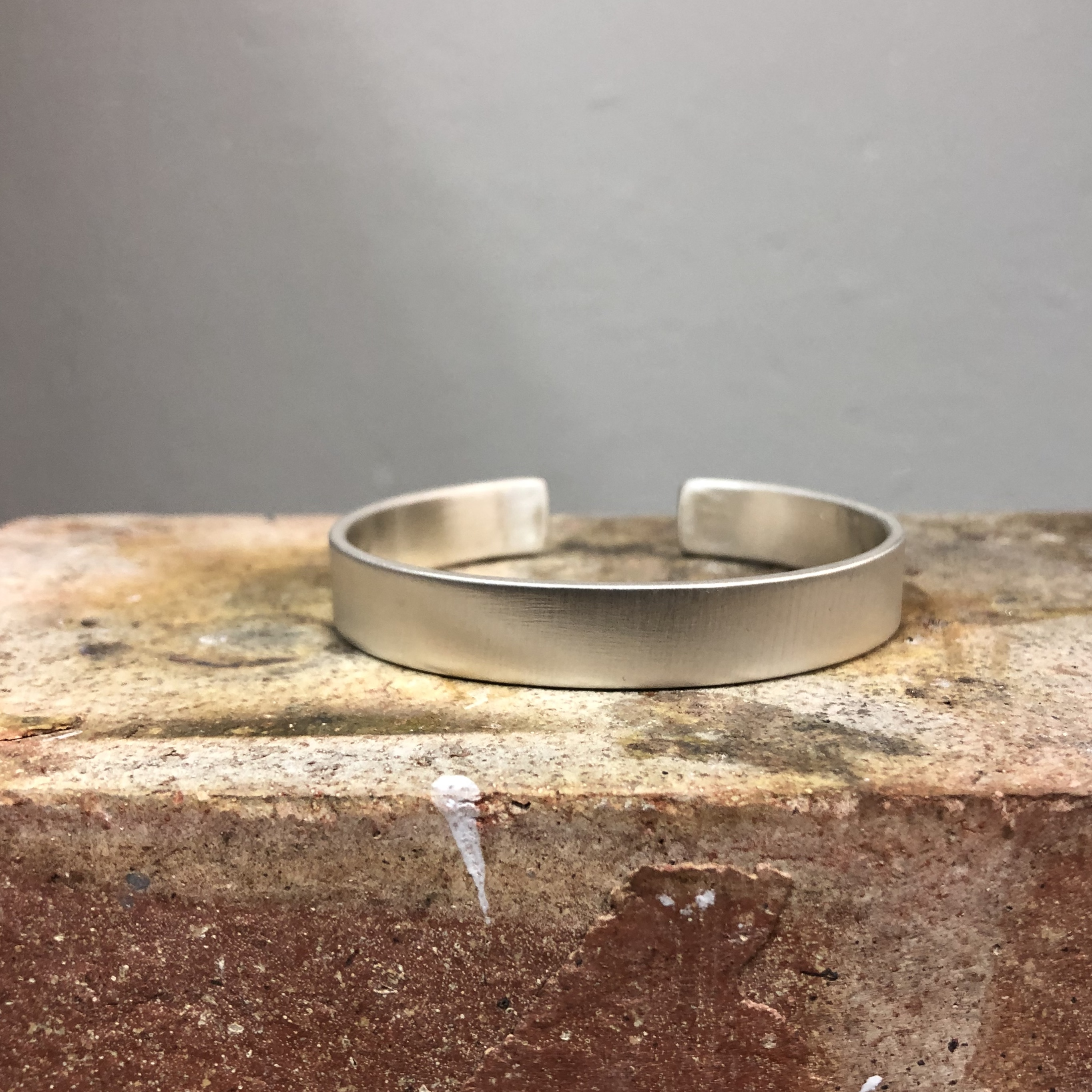 925 SILVER BANGLE WITH SATIN FINISH EXTERIOR