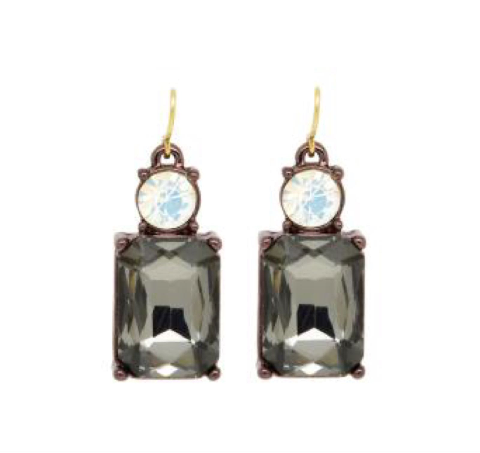 Last true angel gem earring slate grey with pearl