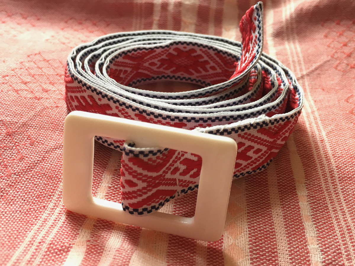Handmade Fabric Belt - Baltic Fertile Field Narrow Red & White