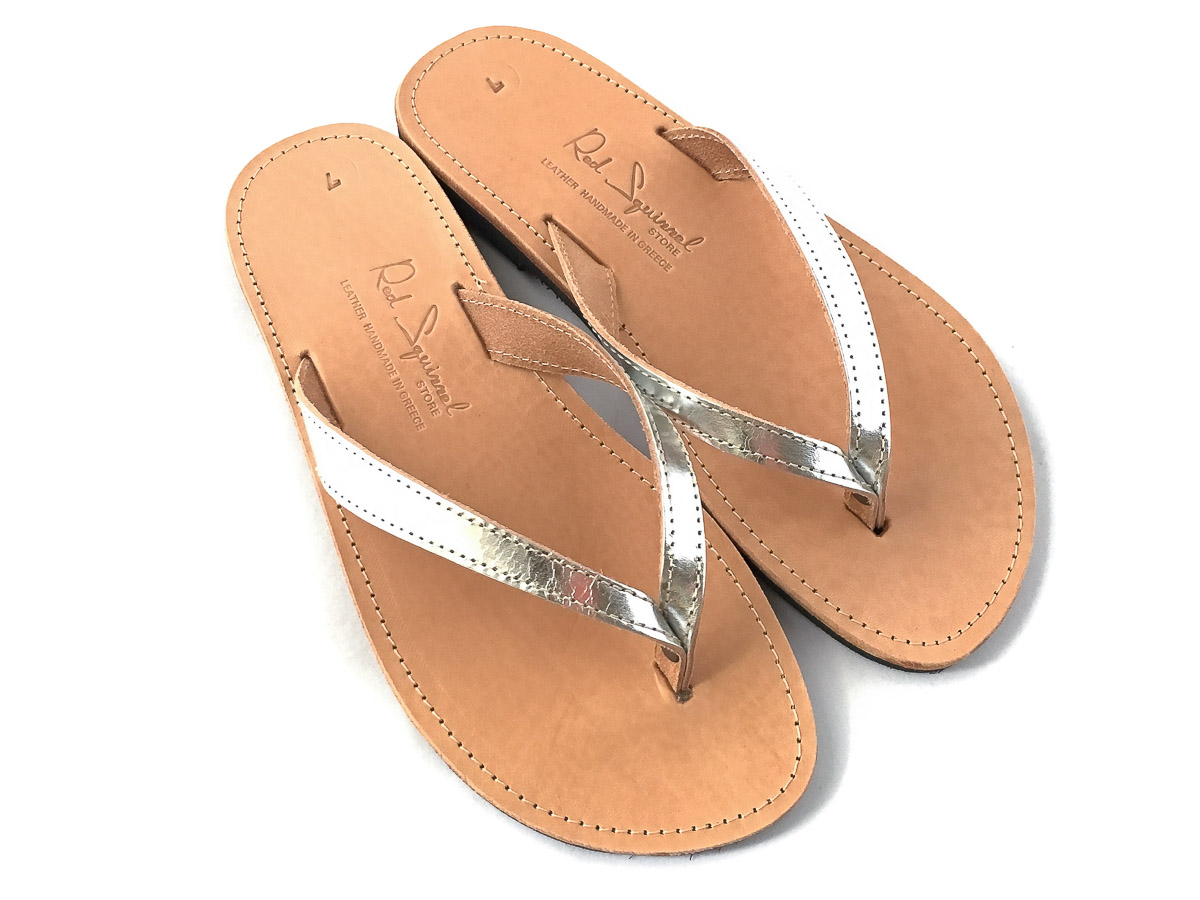 Classic Leather Flip-Flop Sandals Silver