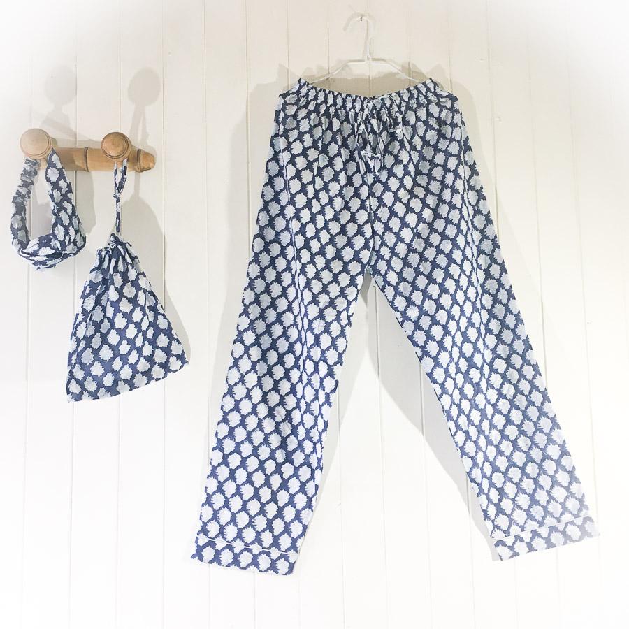 Kimono Robe Motif Indigo Blue & White
