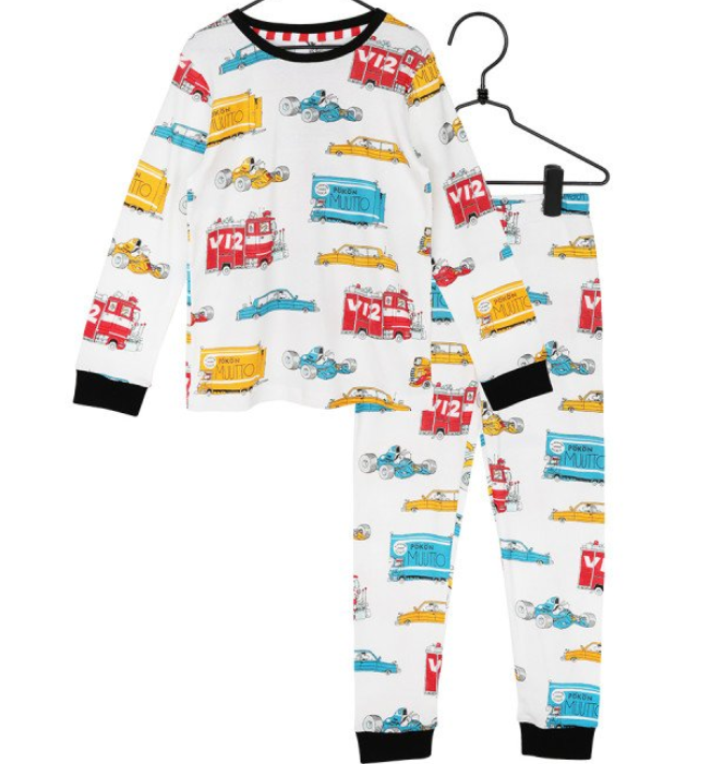 Autot pyjama Mauri Kunnas  koko 110 /116cm ALE -50% (OVH 37.20€)