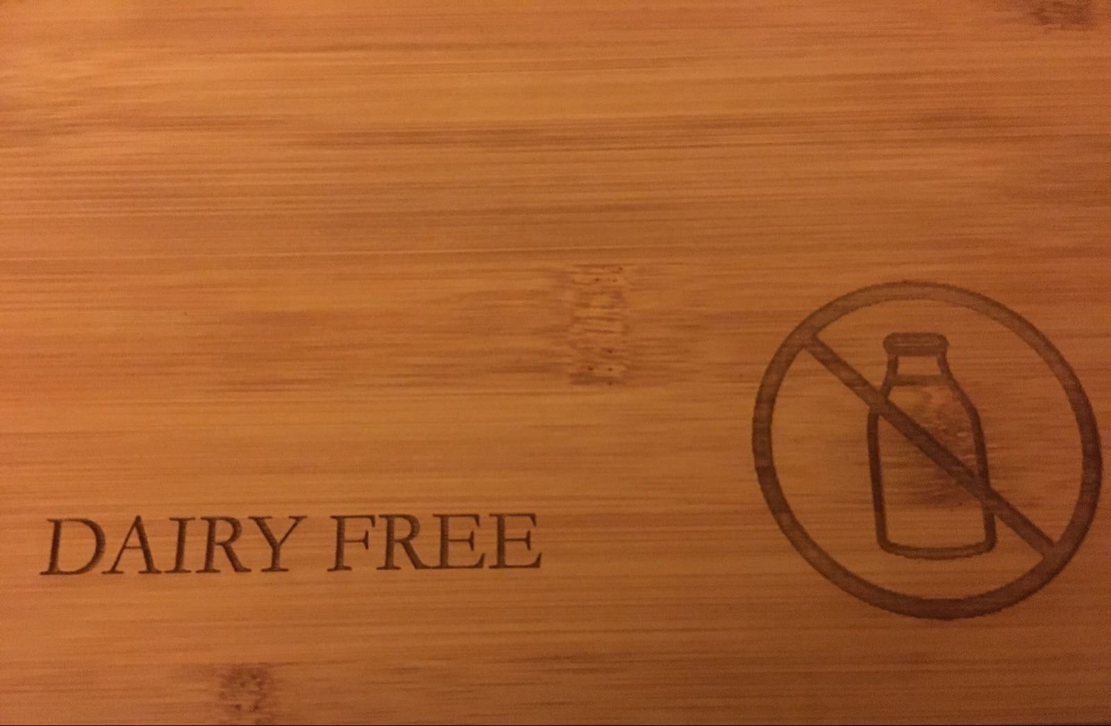Special dietary requirement chopping board (wording and logo can be adapted