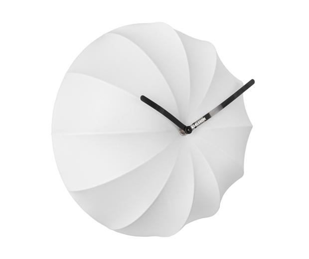 Seinäkello Stretch valkoinen, Present Time