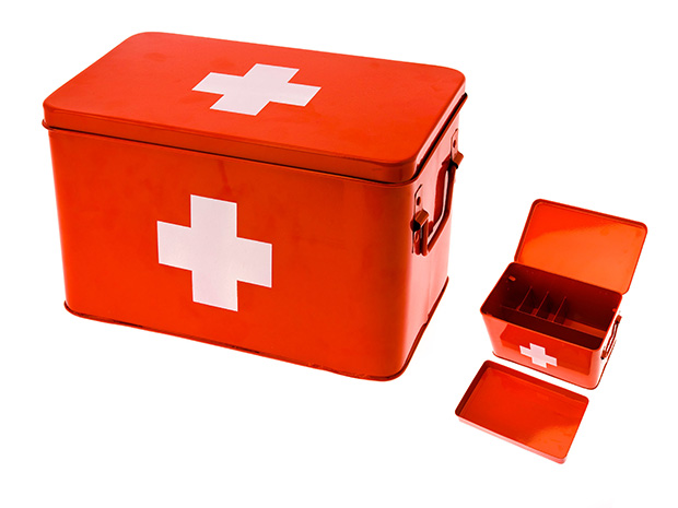 Lääkelaatikko punainen, Present Time, 2 eri kokoa