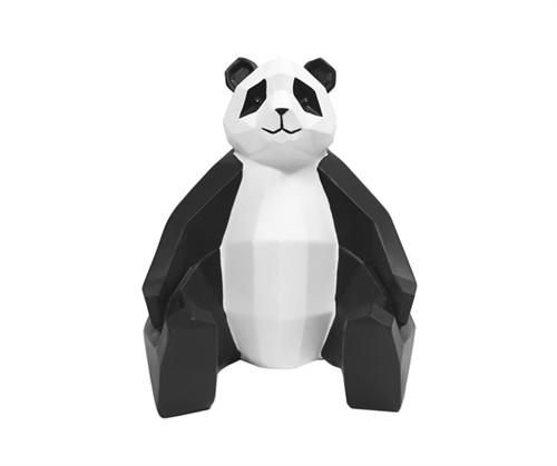 Koriste Origami Panda, Present Time