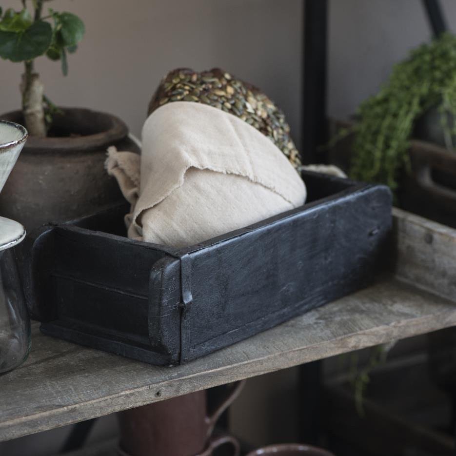 Puuastia Unique tiilimuotti, musta, Ib Laursen
