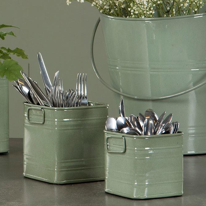 Metallinen astia, vihreä, A Lot, 4 eri kokoa