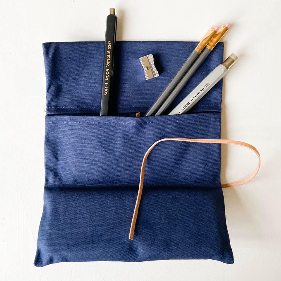 Pennal i canvas