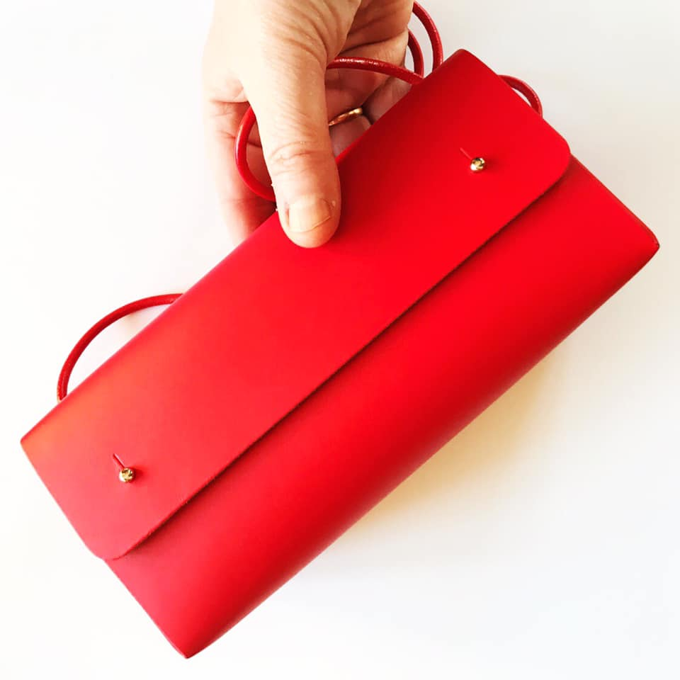 Triangelveske Rød
