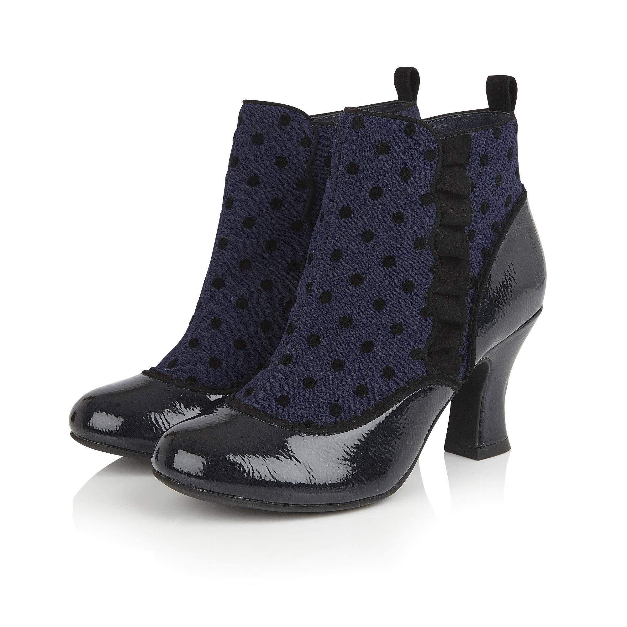 Antoinette Blue Spots