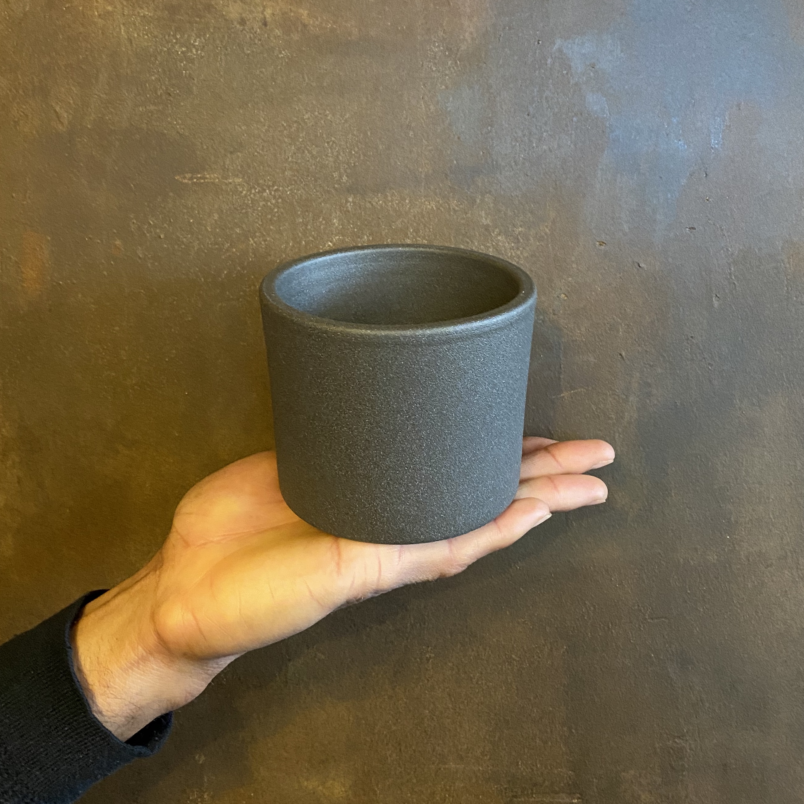 Grey Matt Pot
