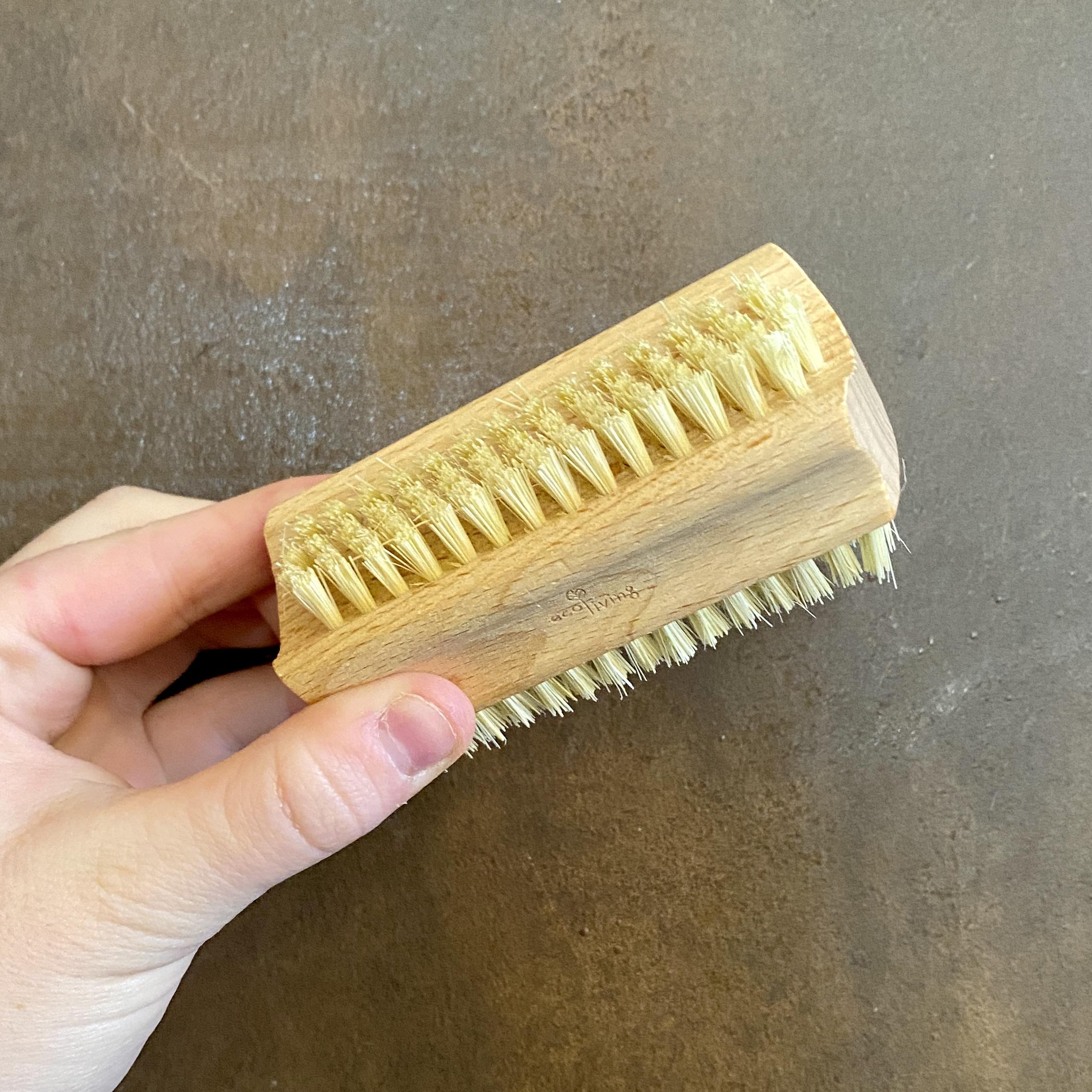 Natural Nail Brush (FSC 100%)