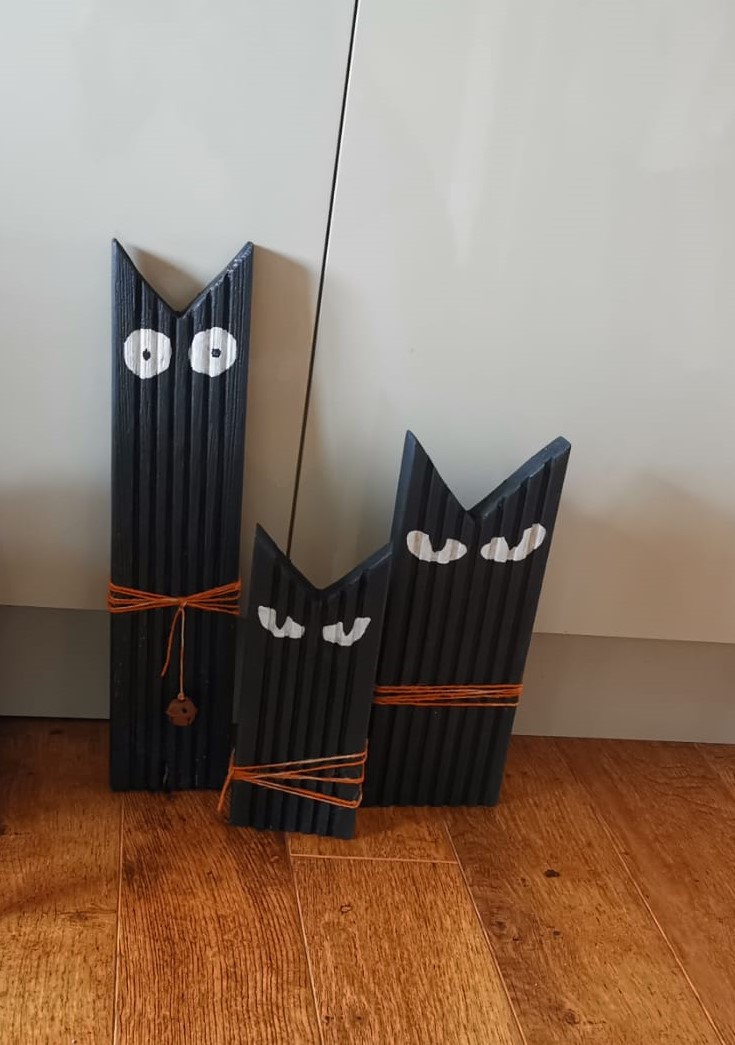 Wooden Cats - Set of 3