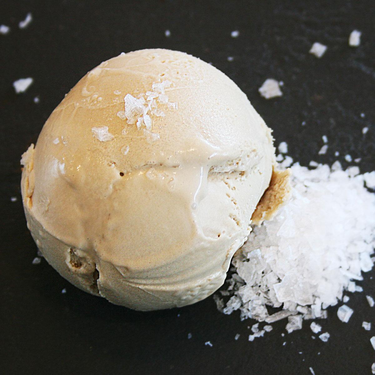 Salted Caramel Ice Cream 🧂🍯