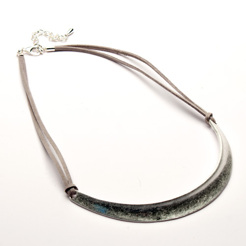 Eliza Gracious Curved Bar On Suede Necklace
