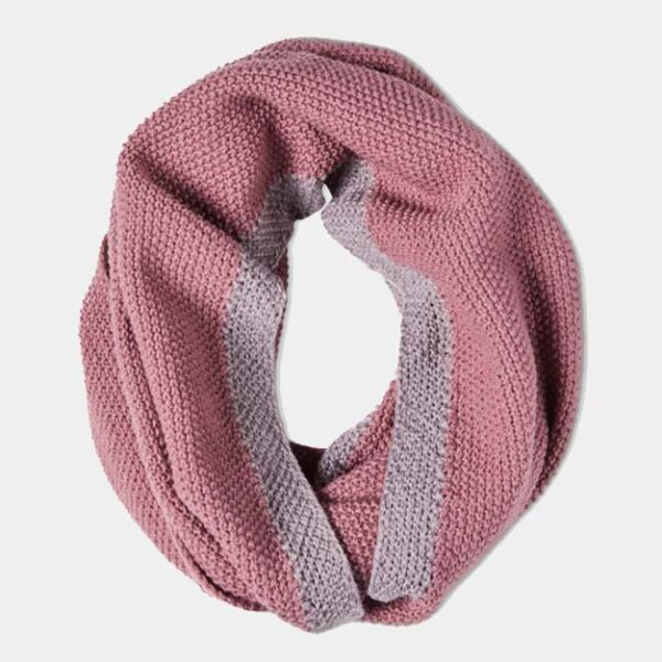 Quintessential Moss Stitch Snood, Mauve