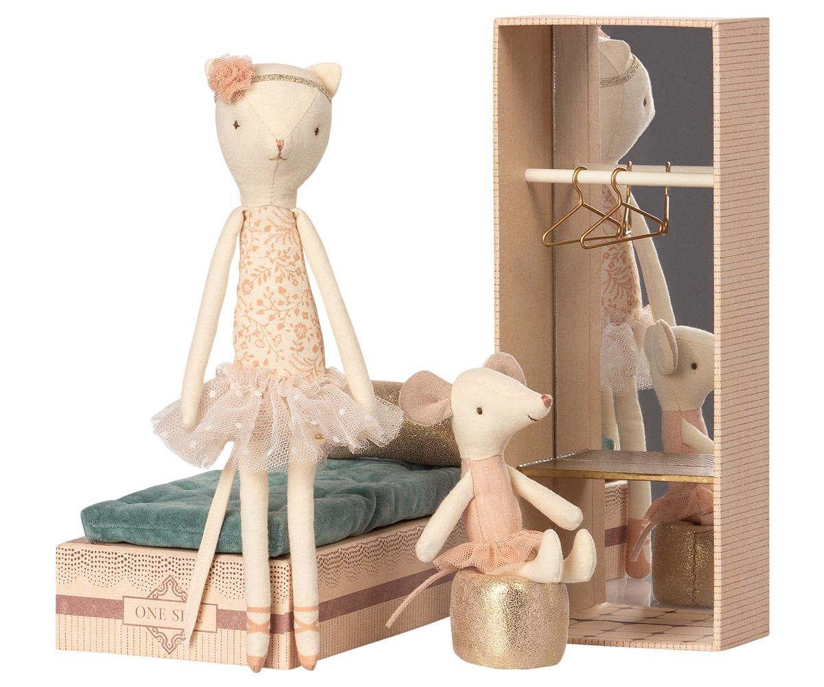 Maileg Tanssiva kissa ja hiiri kenkälaatikossa