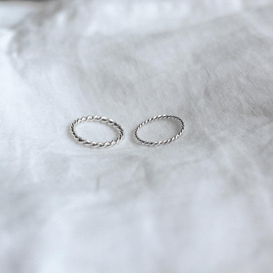 Annevera - «Spire» Ring tynn