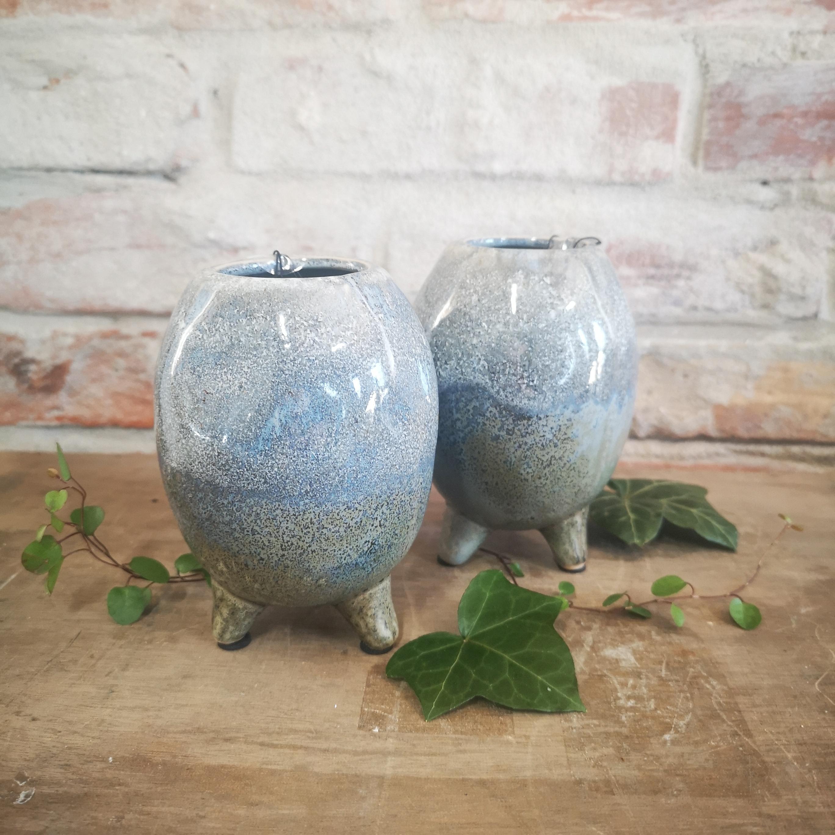 Keramik krukke på fod 12x8 cm