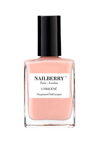 Nailberry A touch of powder