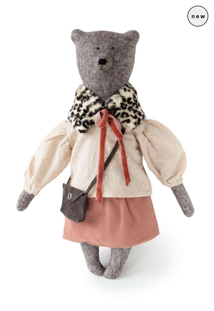 Philomena Kloss - Nicole the bear -