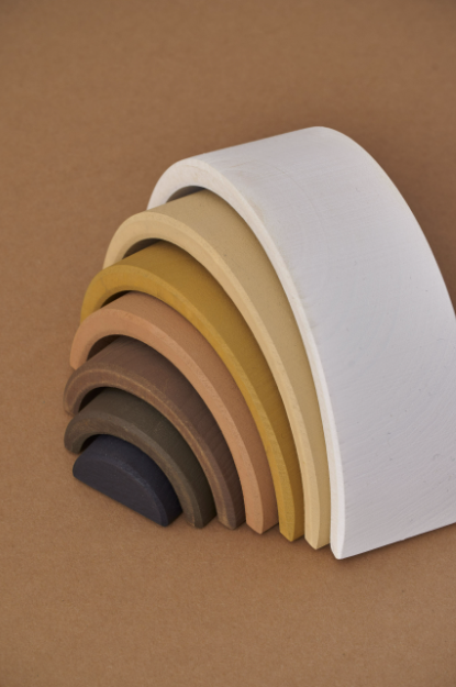 RADUGA GREZ Skintones arch stacker - White & black -