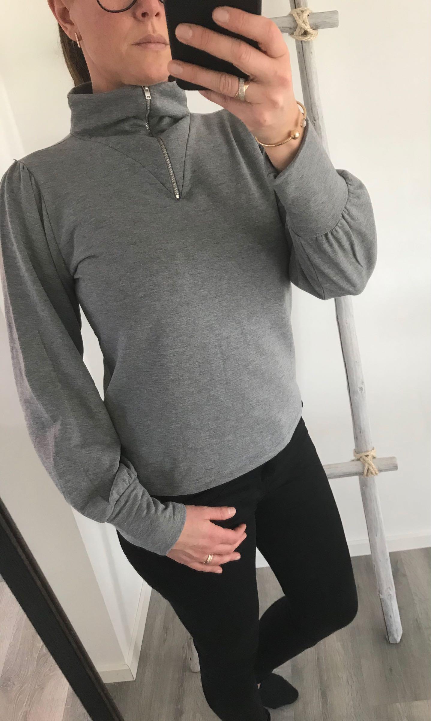 Höghalsad sweatshirt