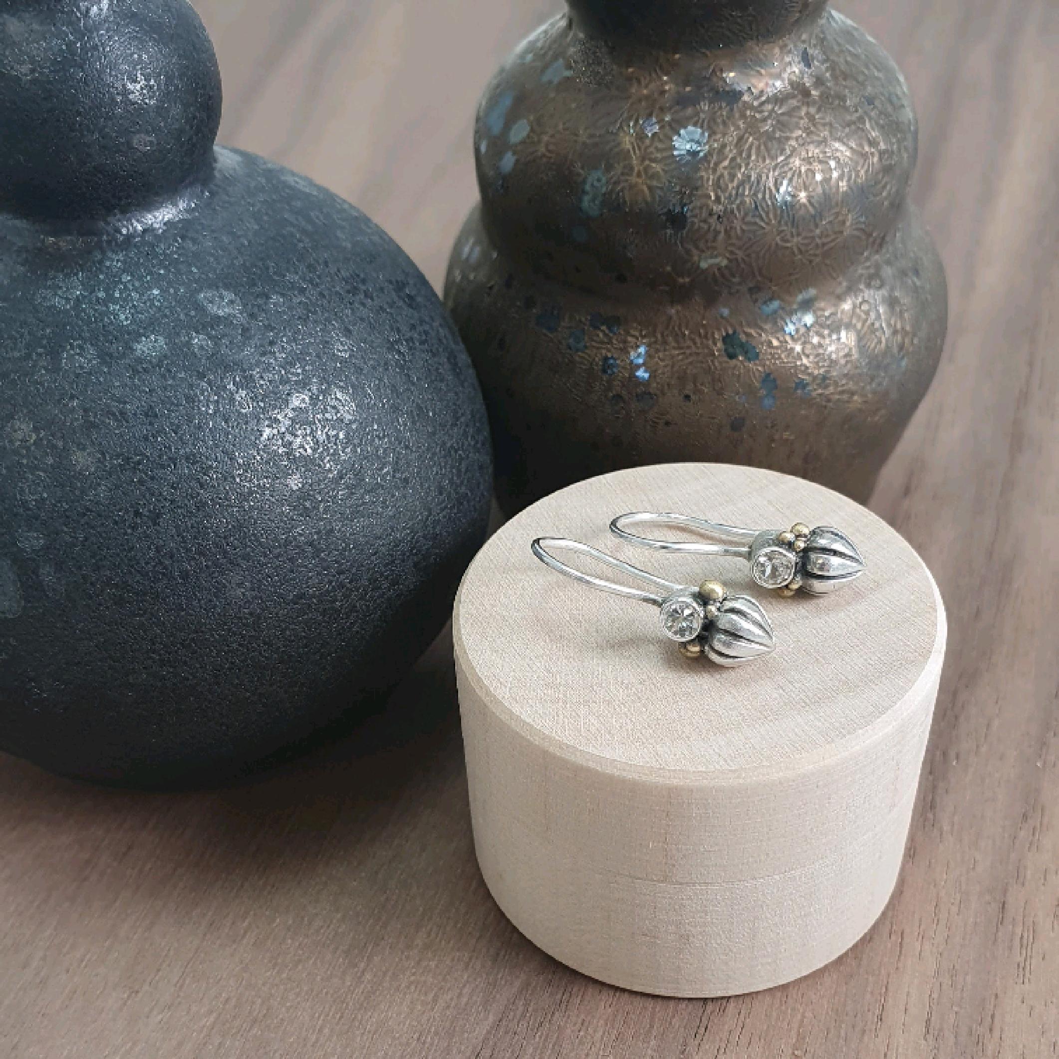 Tiny Pod Hook Earrings: white sapphire