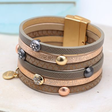 Taupe mix bracelet with metallic and crystal studs By POM
